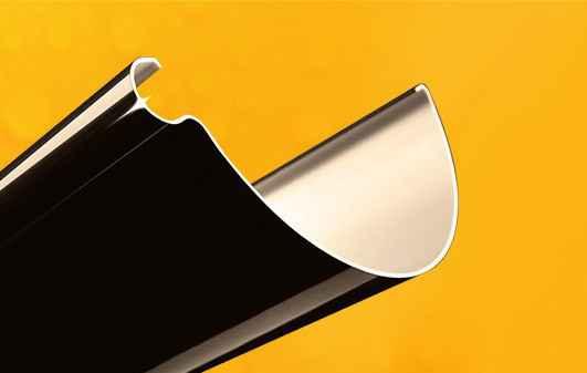 Инновационная форма желоба и увеличенная глубина исключают  перелив